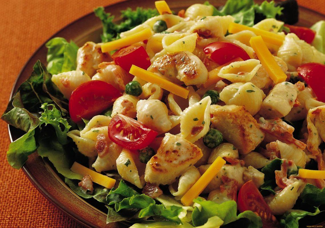 Быстрые и полезные рецепты салатов из пасты